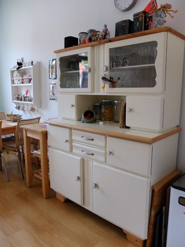 Ddr kuchenschrank for Kuchenschranke 50er jahre